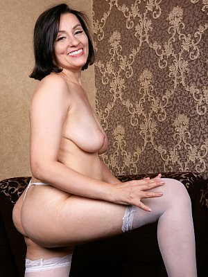 Hot Wife Allegra