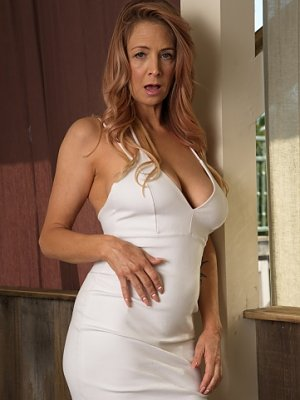 Very Hot Mature Lady